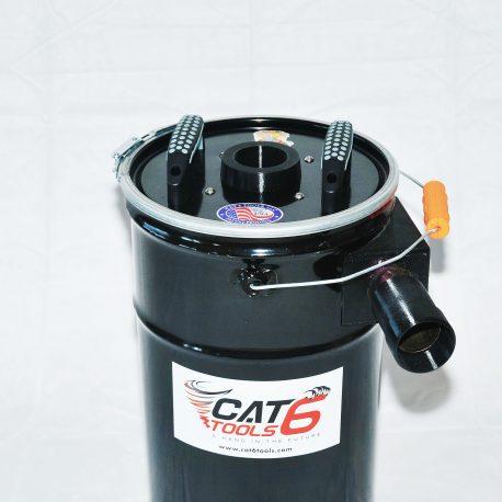 DSC_3399-7-gal-filter-pail-lid-on-square-web